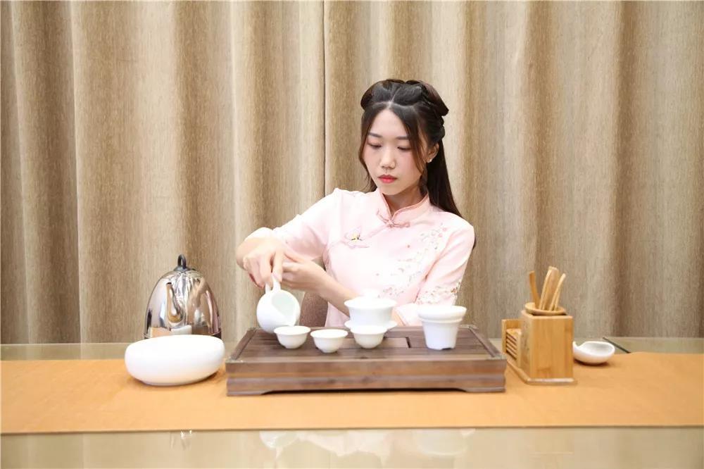 美音茶艺毕业展